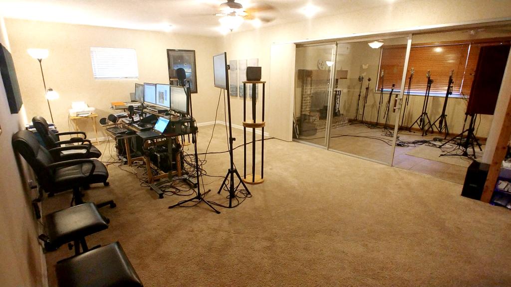 Studio wide 2
